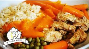 Geschnetzeltes Hähnchen mit Gemüse, Reis und Soße