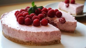 Read more about the article Himbeer-Käsekuchen (no Bake Rezept)