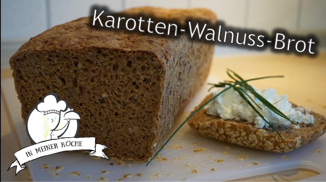 Thermomix® Karotten-Walnuss-Brot